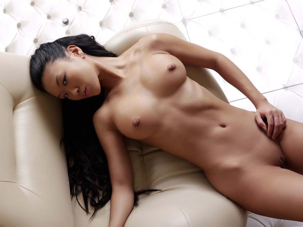 perfect japanese girlfriend nude