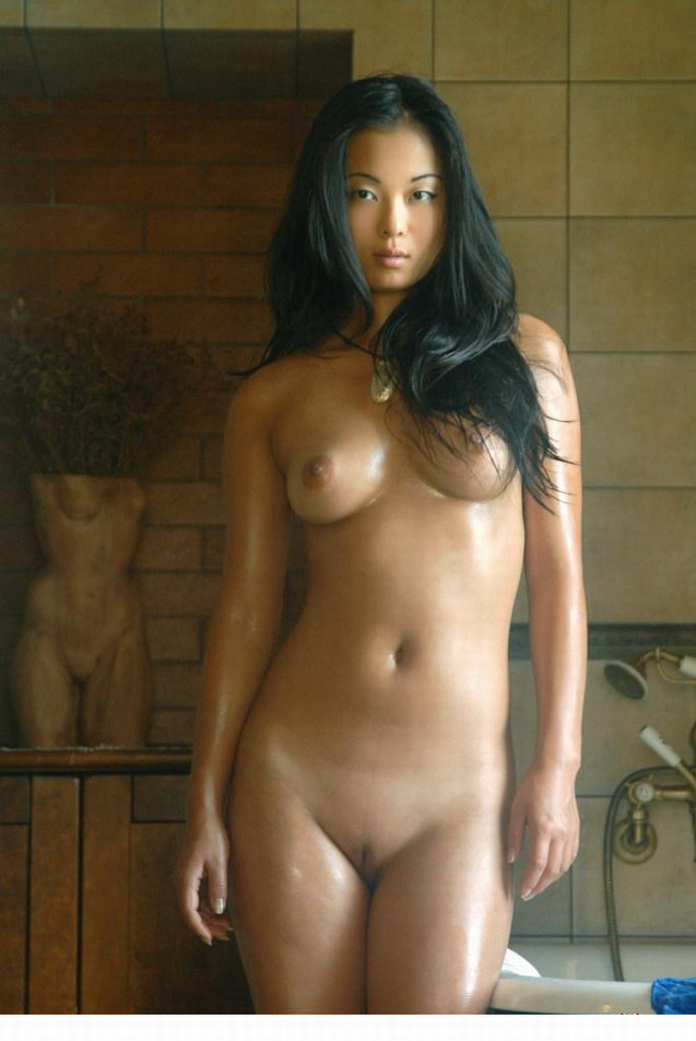 Shaved Women Naked Asian#8
