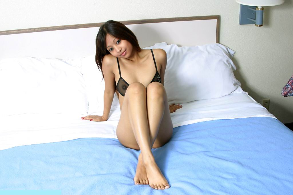 pussy shaved Exotic girls asian
