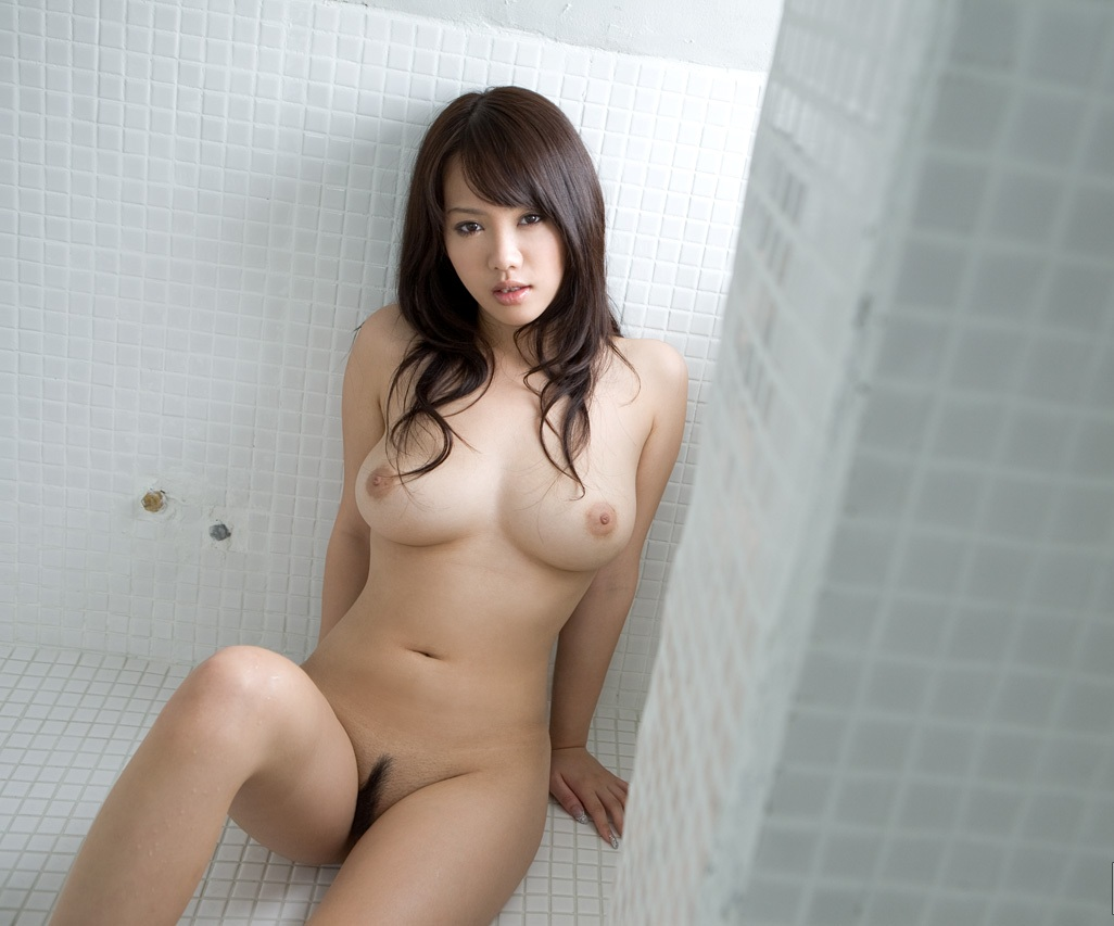 japanese busty naked women