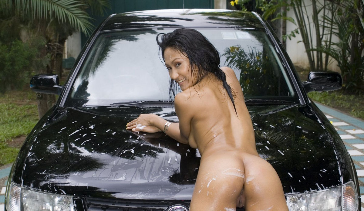 Hot cars wash asian girl
