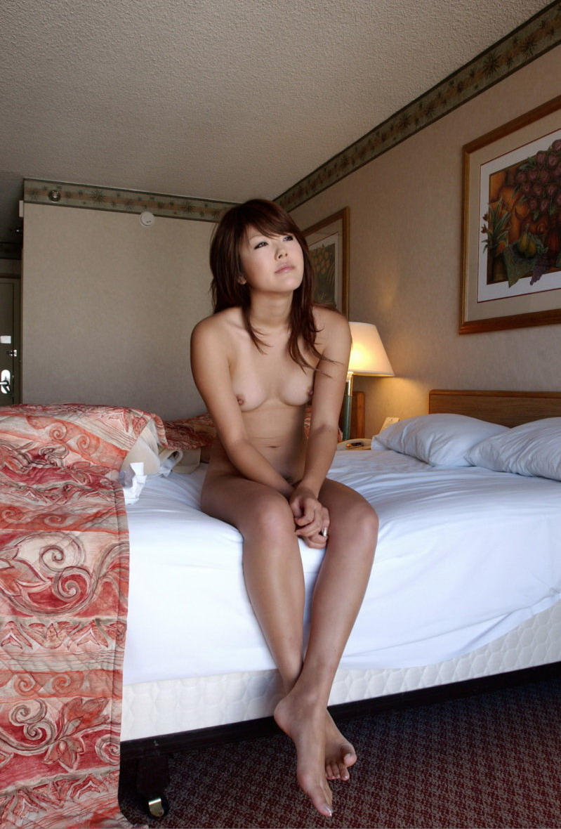 room Asian nude amateur hotel posing model