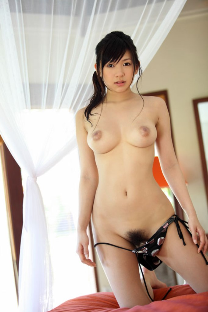 Right! Korea naked girl pictures