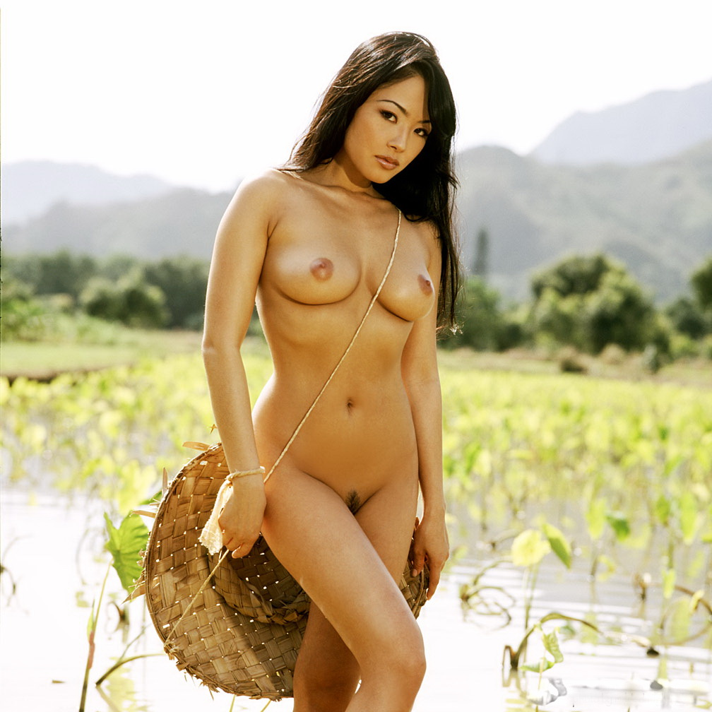 Natasha yi nude pictures mobile optimised photo for android iphone