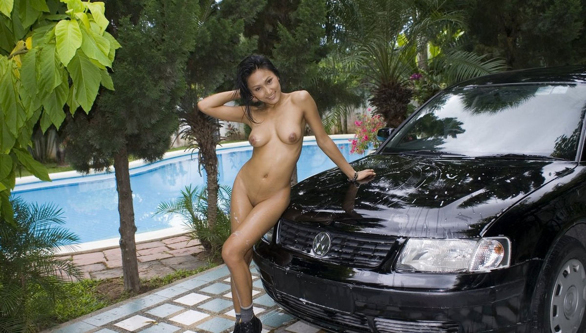 Hot Asian Washes Car Naked With A Smile  Asian Sexiest -4655