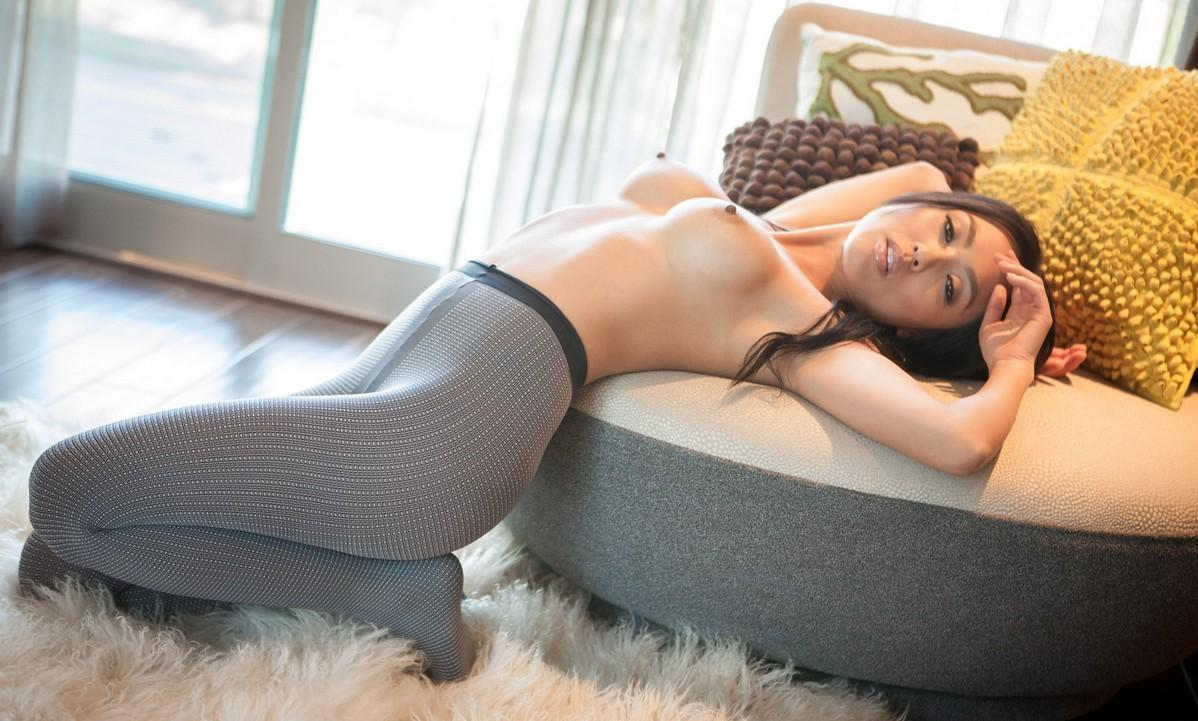 japan women in pantyhoses